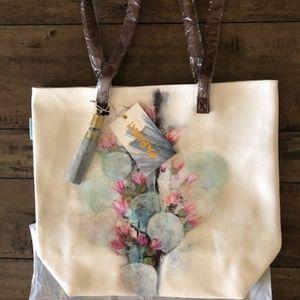 Tote 'New' by Papaya w/Bonus Gift